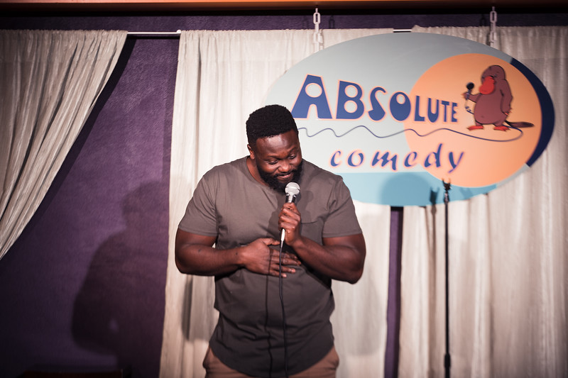 yaw_standup_shoot_01 (18 of 30).jpg