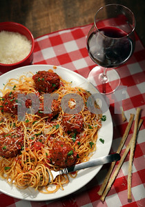 scenes-and-recipes-from-iconic-italian-restaurants
