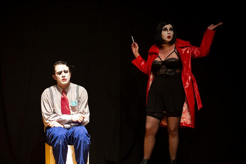 Allan Bravos - essenCIA Teatro - Persona 07-358.jpg