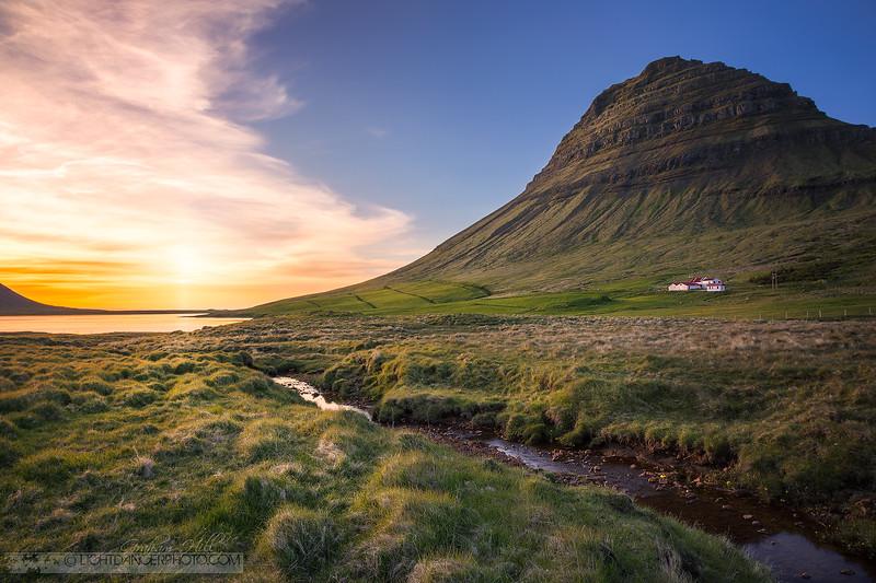 Iceland - Kirkjufell4 - Farm.jpg