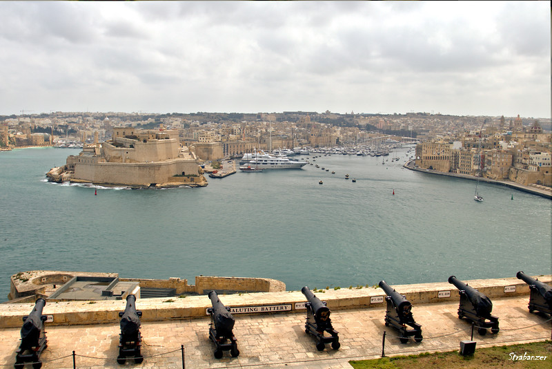 The Saluting Battery at the Upper Barrakka Gardens in Valletta.     03/23/2019 This work is licensed under a Creative Commons Attribution- NonCommercial 4.0 International License
