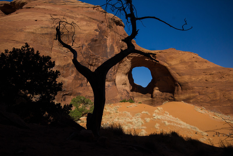 Ear of the Wind Arch, Monument Valley.