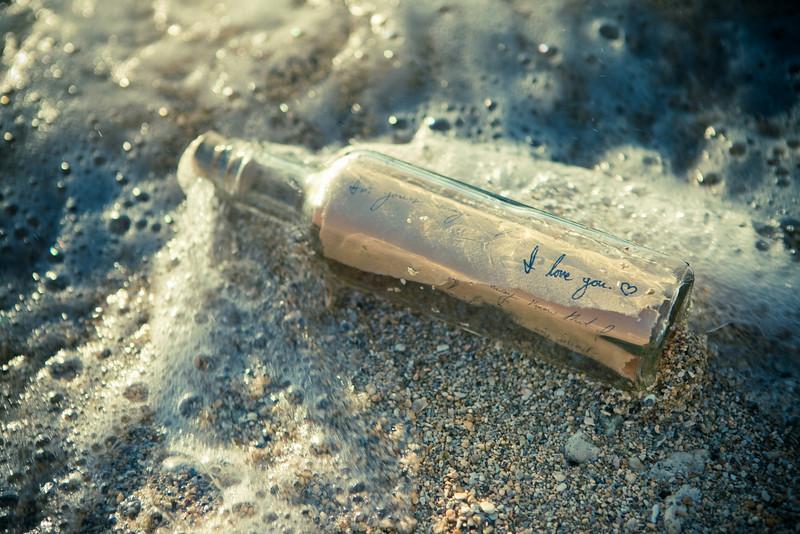 message_bottle002.jpg