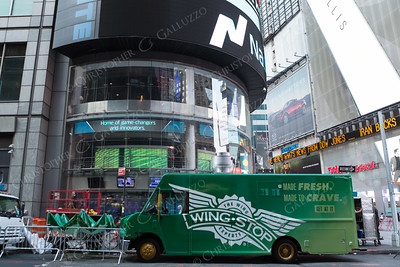 Wing Stop Times Square IPO Event