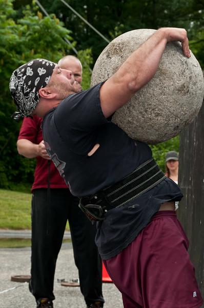 Fitness Revolution Strongman Challenge 2011_ERF4533.jpg
