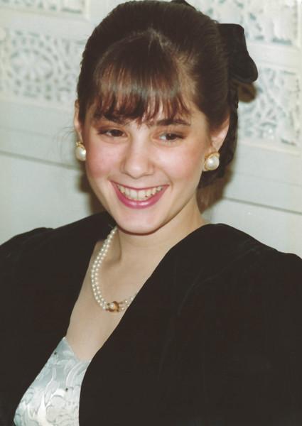 Lauren Mirsky 16 years of age.jpg