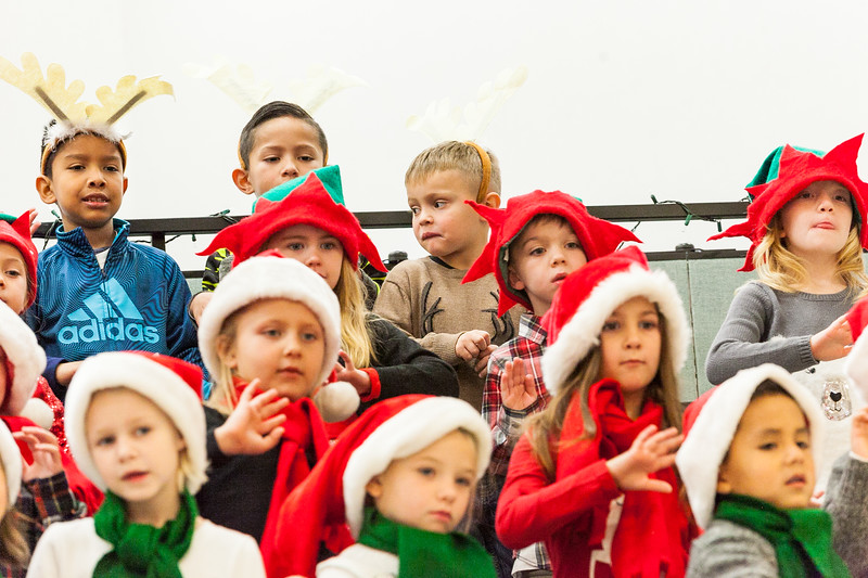 Christmas Kindergarten-84.jpg