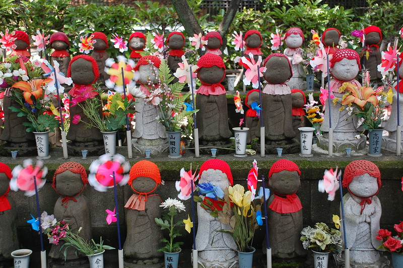 Jizo statues at Zojoji Temple