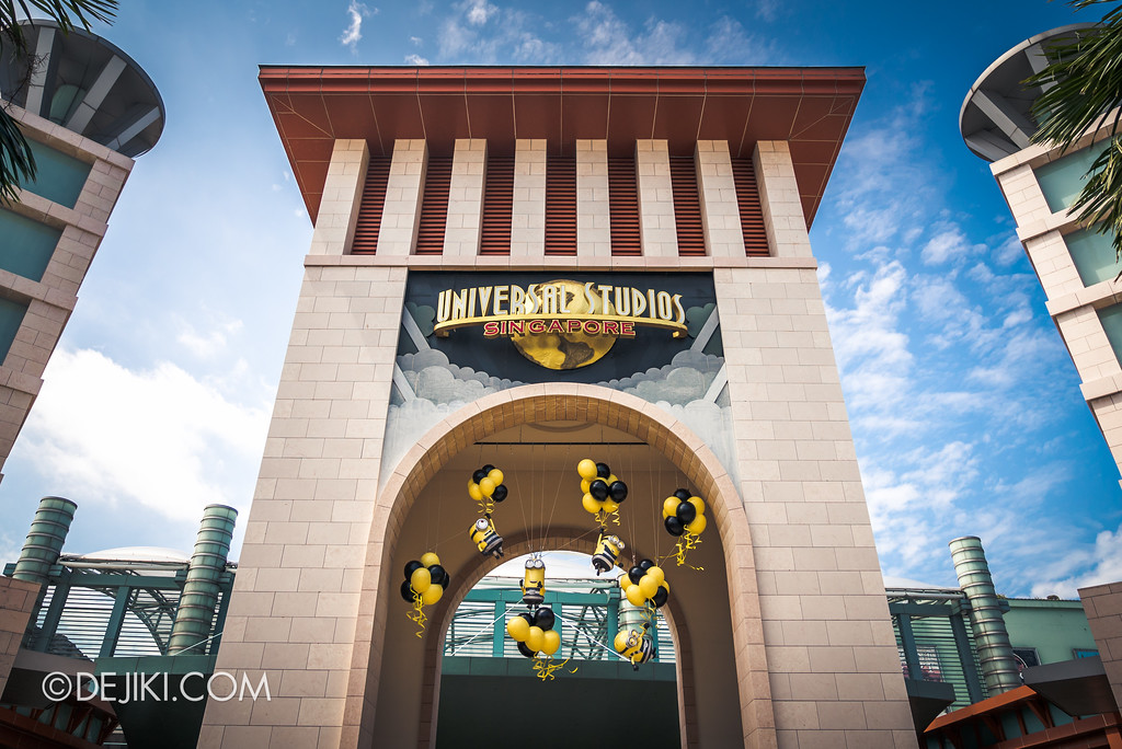 Universal Studios Singapore Park Update July 2017 - Despicable Me Minion Breakout Party event / USS Entrance Arch with Minions