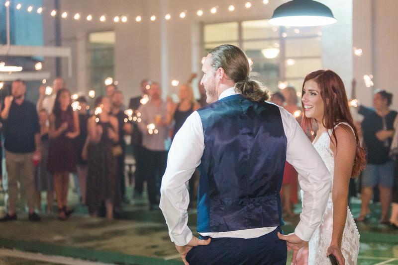 ELP1015 Tara &Phill St Pete Shuffleboard Club wedding reception 657.jpg
