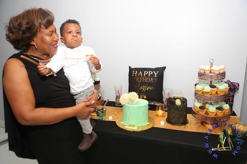 MAXINE GREAVES BIRTHDAY DINNER CELEBRATION 2020R-2697.jpg