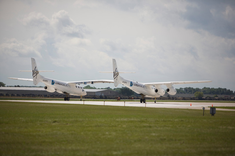 White Knight II departing EAA AirVenture 2009.