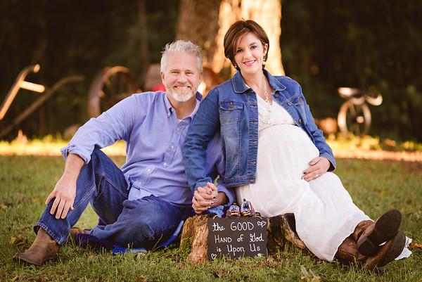 Megan and Brad: Maternity and Family