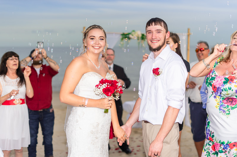 VBWC BEIL 09042019 Buckroe Beach Wedding Image #55 (C) Robert Hamm.jpg