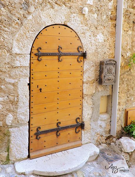 Door2 web.jpg