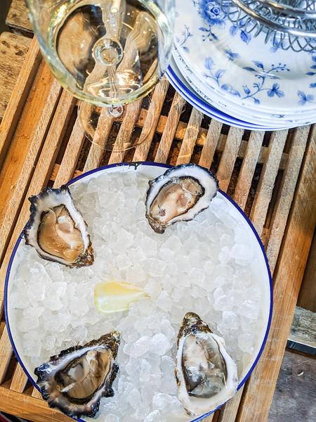 klaw seafood cafe oysters dublin-11.jpg