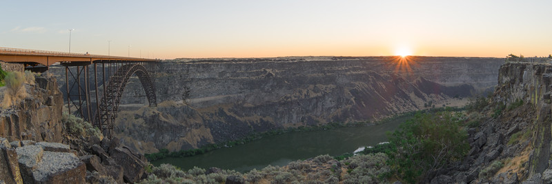 Snake River Gorge - Twin Falls, ID At Sunrise