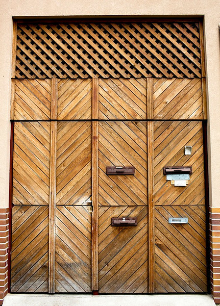 db doors2.jpg