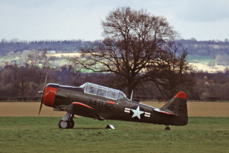 G-BGHU-NorthAmericanT-6GTexan-Private-EGKH-2000-03-26-GY-24-KBVPCollection.jpg