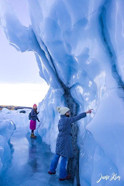Matanuska Glacier_Karen-6105669-Juno Kim.jpg