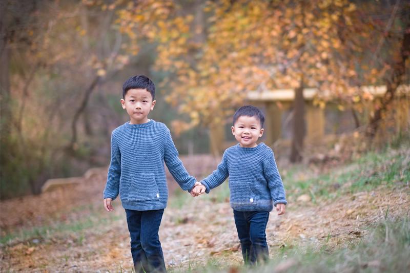 2019_11_29 Family Fall Photos-9556.jpg