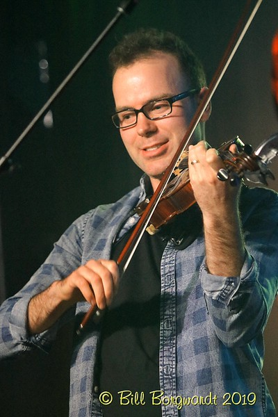 Fiddle - Dan Davidson - Station 02-19 350.jpg