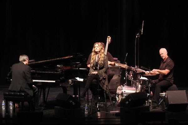 20101029 Tierney Sutton Band