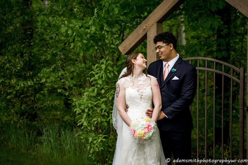 Creekside-farm-wedding-preview-adam-smith-9.jpg