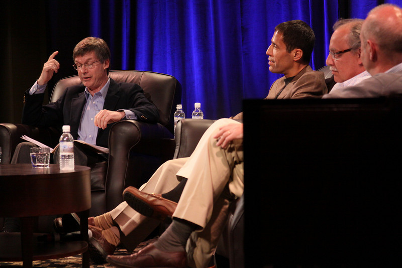 """""""One Cloud Serving Many Platforms, Applications, and Devices"""": (L-R) Host Tom Malloy, SVP and Chief Software Architect, Adobe Systems; Noam Ziv, VP, Engineering, Qualcomm; Mario Dal Canto, Chair and CEO, SIMtone; and Kris Halvorsen, SVP and Chief Innovation Officer, Intuit"""