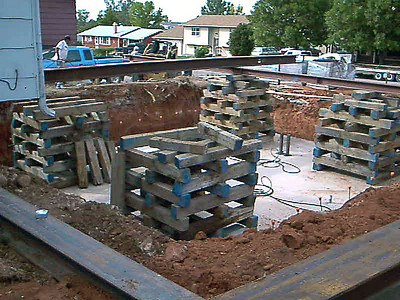 It's easy to see the massive scope of this project when you see the great pains taken to ensure a safe and solid structure.  Here, preparations were being made to eventually move the house on to the basement.  Of course, lots needed to be done before that  could happen!