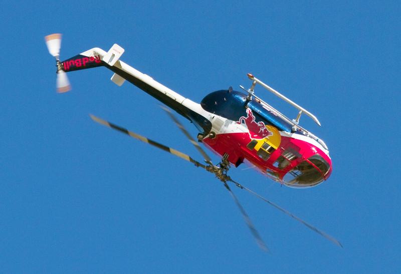 stunthelicopterinbarrelroll.jpg