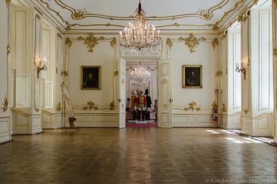 Schloss Schönbrunn and gardens...