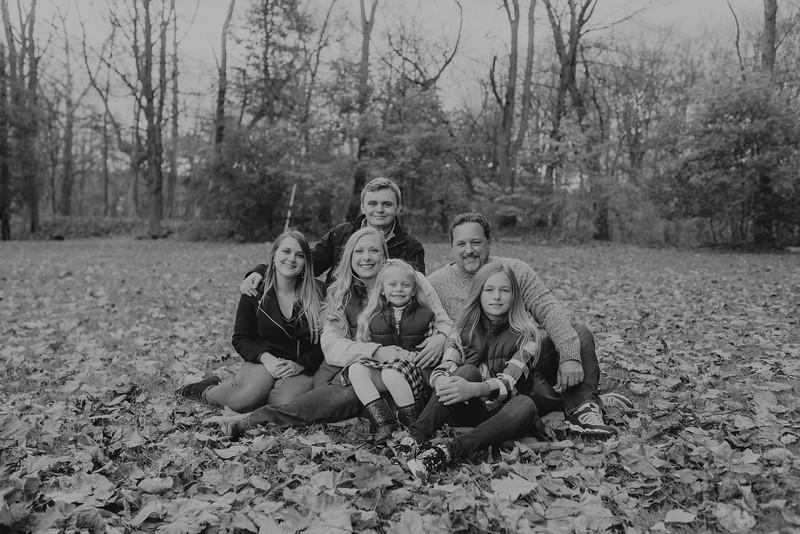 Loupe Family-BW-56.jpg