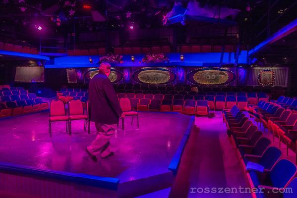 "Fireside Dinner Theatre's ""Marry Poppins"""