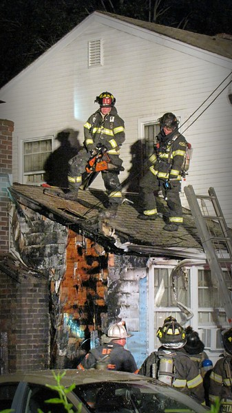 Structure Fire - 207 Caroline St, Derby, CT - 7/7/17
