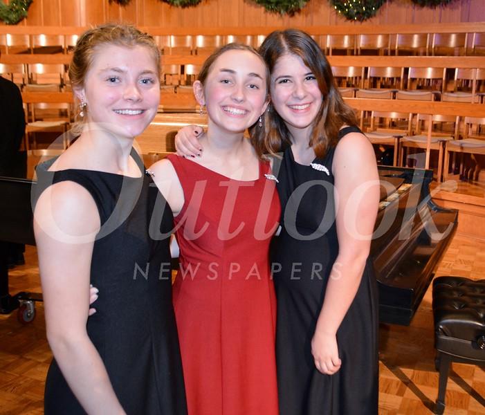Amy Lyman, Maggie MacKenzie and Audrey Melillo 309.JPG