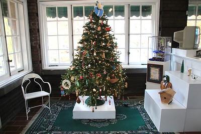20 ?? CHRISTMAS TREE