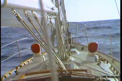 Sailing - 720 x 486 - 30 fps