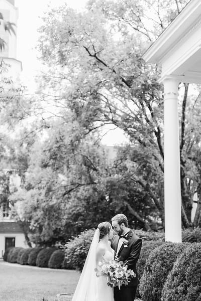477_Ryan+Hannah_WeddingBW.jpg