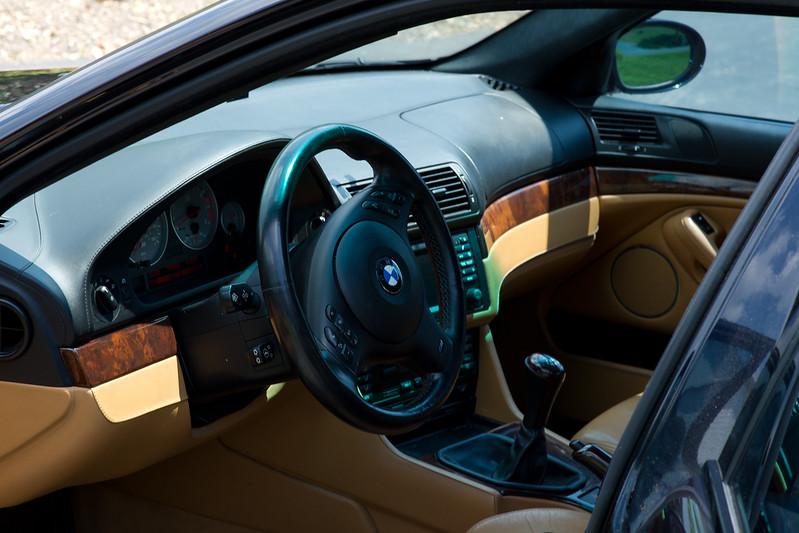 2003-BMW-M5-11.jpg
