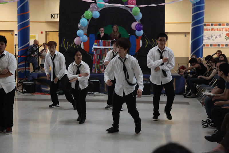 2014-05-23 AMHS Multi-Cultural Fair Assembly 060.JPG