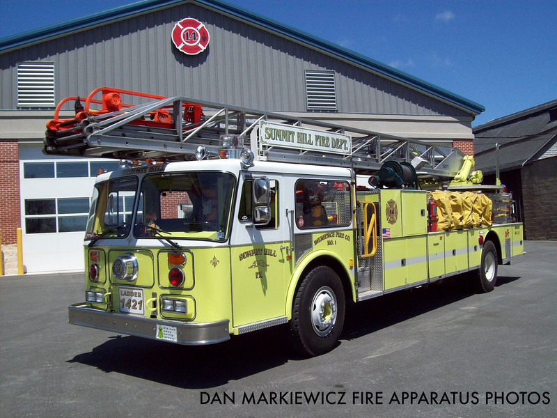 DILIGENCE FIRE CO. X-LADDER 1421 1984 SEAGRAVE AERIAL LADDER