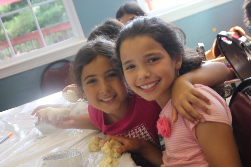 kars4kids_thezone_camp_girlsDivsion_activities_baking (44).JPG
