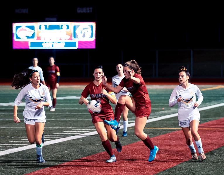 2019-10-24 Varsity Girls vs Lynnwood 085.jpg