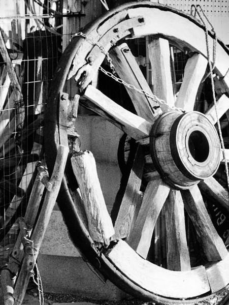 Old wagon wheel, Ave Creek, Arizona