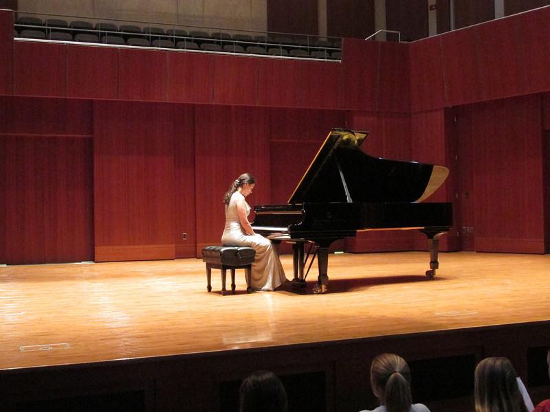 Visiting Pianist 020.jpg