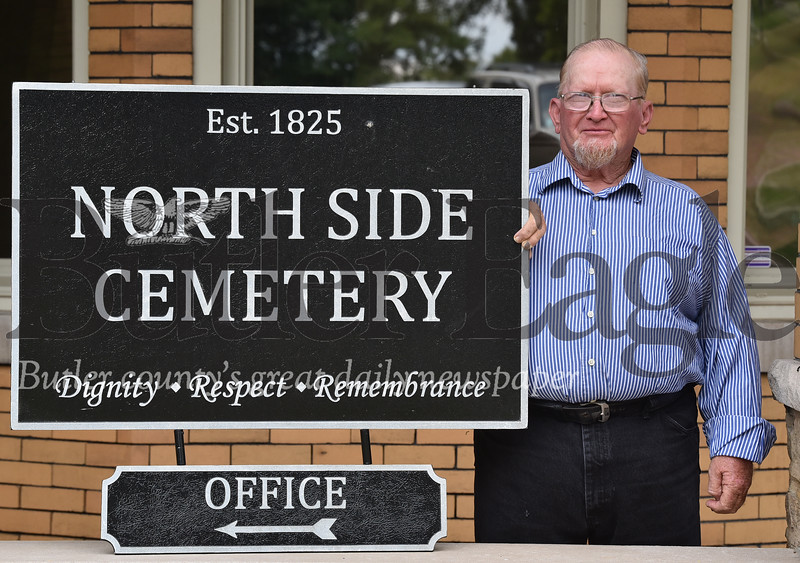 71818 Merle Ealy has worked at Northside cemetery for 50 years