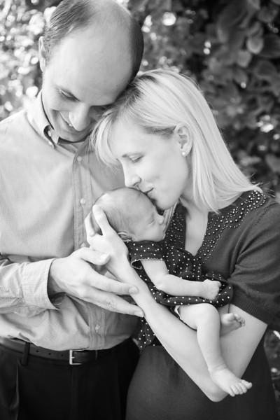 Alyssa Newborn Pictures