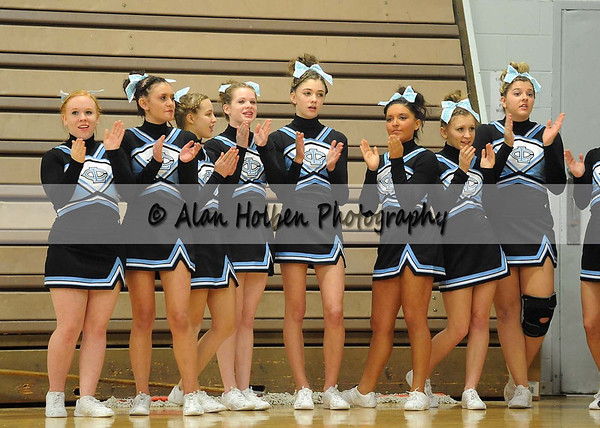 Cheer at LCC - Lansing Catholic Varsity - Round 1 - Jan 25