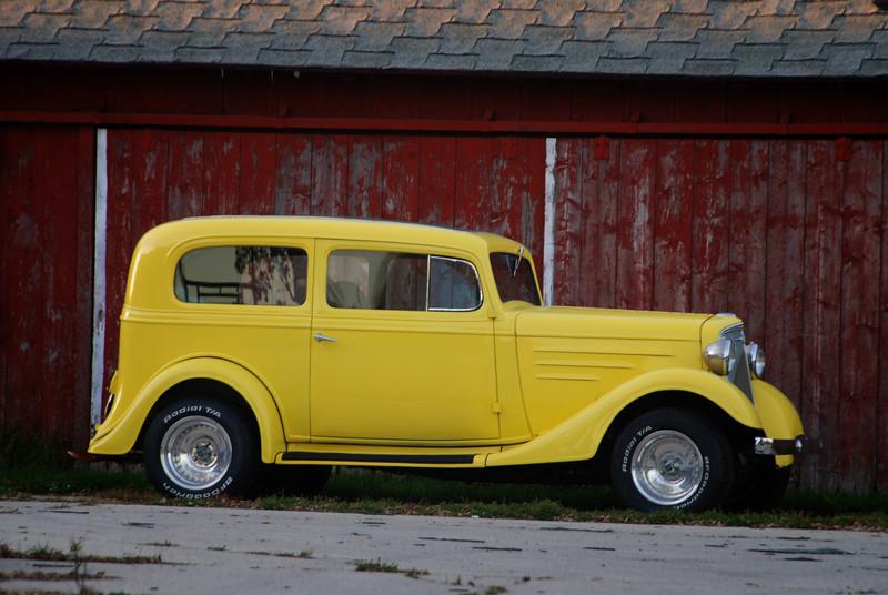 01 yellow car .jpg